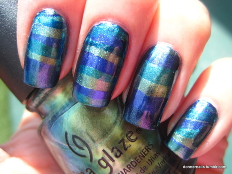 Water marble nail art by Donner