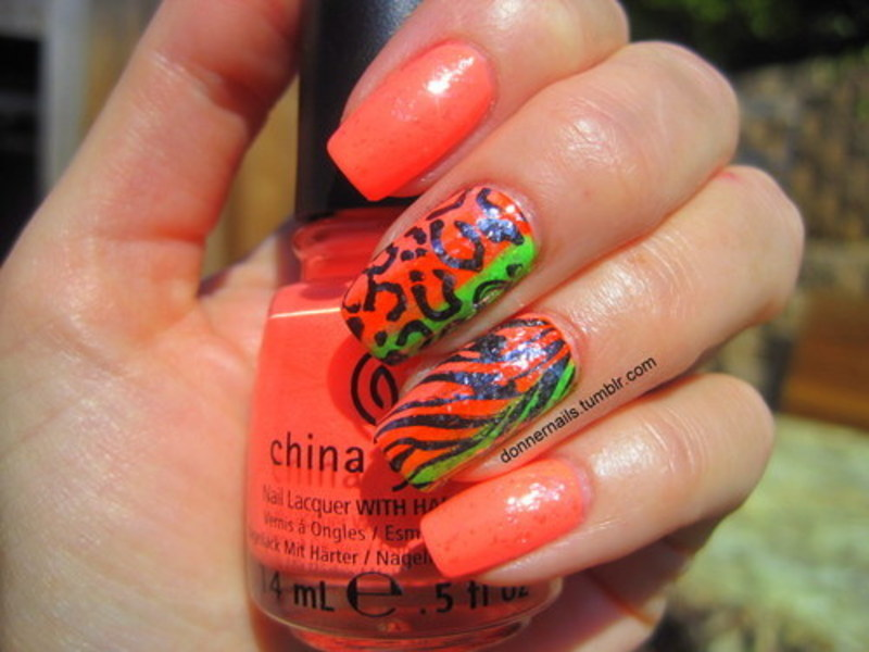 Animal stamping nail art by Donner