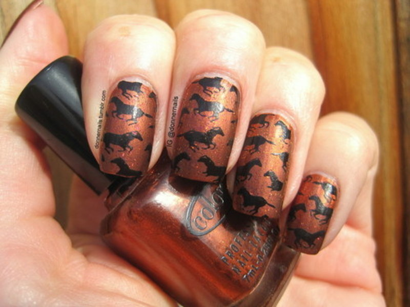 Wild Horses  nail art by Donner
