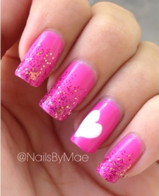 Sparkles and a Heart 💖 nail art by Sheily (NailsByMae)