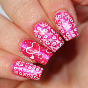 XOXO Valentines Day  nail art by Kiara Davidoff