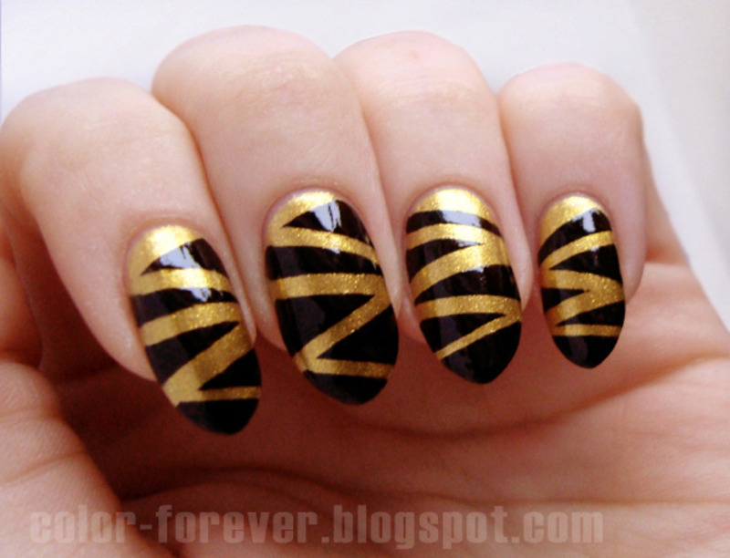 black & gold mummy nail art by ania