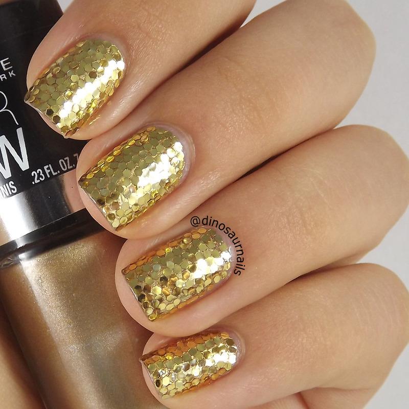 Golden Glitter nail art by  Vanesa