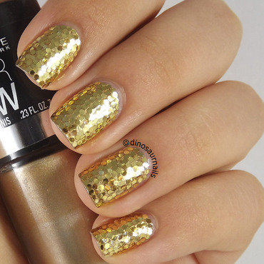 Golden Glitter nail art by  Vanesa