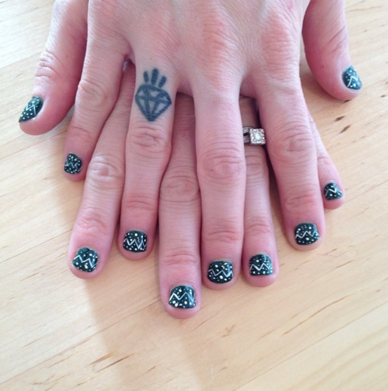 Snowy Evergreen Nails nail art by Claire