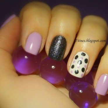 Dots nail art by 74ines
