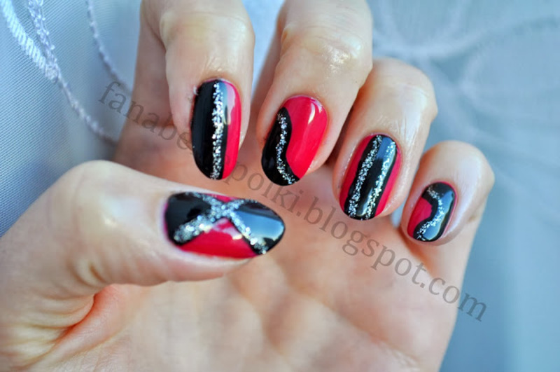 Cross your finger nail art by Carolina