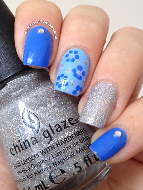 Blue Flowers nail art by Giovanna - GioNails