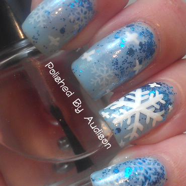 Snowflake Glitter Gradient Nail Art nail art by Ashley Hoopes