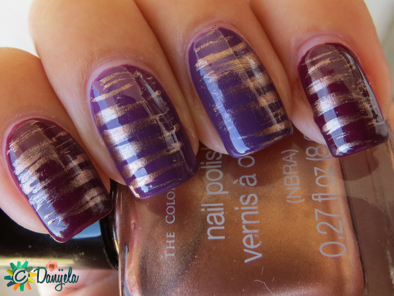 Fan brush design nail art by bydanijela