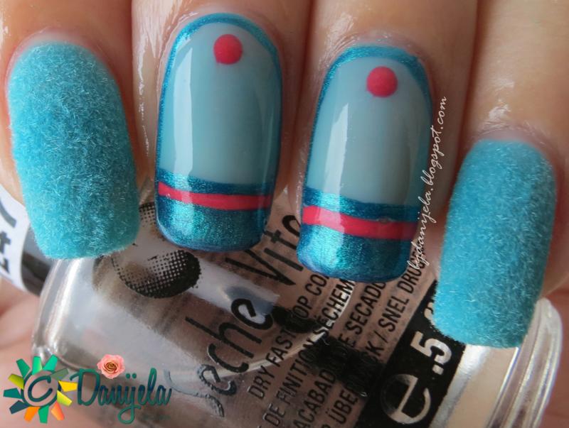 Star wars R2-D2 Fluffy manicure nail art by bydanijela