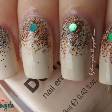 Beige with glitter nail art by bydanijela