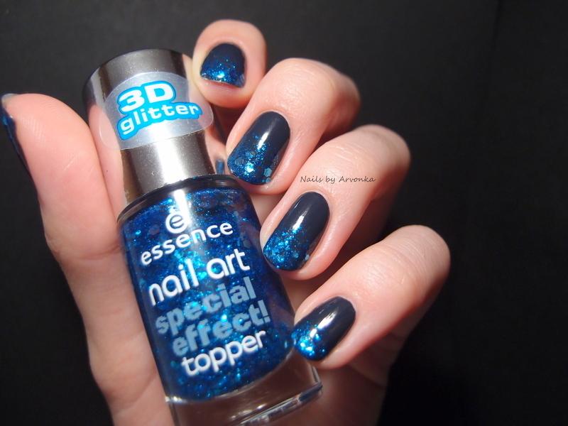 Glitter Gradient nail art by Veronika Sovcikova