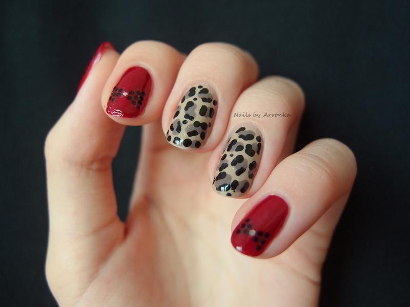 Leopard with bows nail art by Veronika Sovcikova