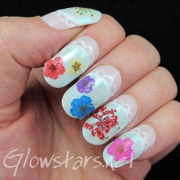 The Digit-al Dozen Does Vintage: Flowers And Lace nail art by Vic 'Glowstars' Pires