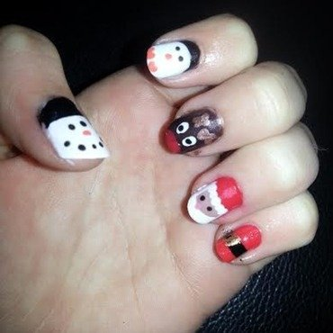 Christmas Nail Guide nail art by Ciara Donoghue