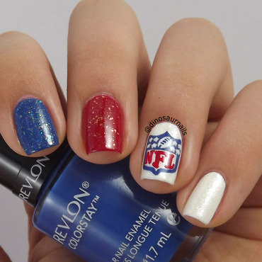 Super Bowl nail art by  Vanesa