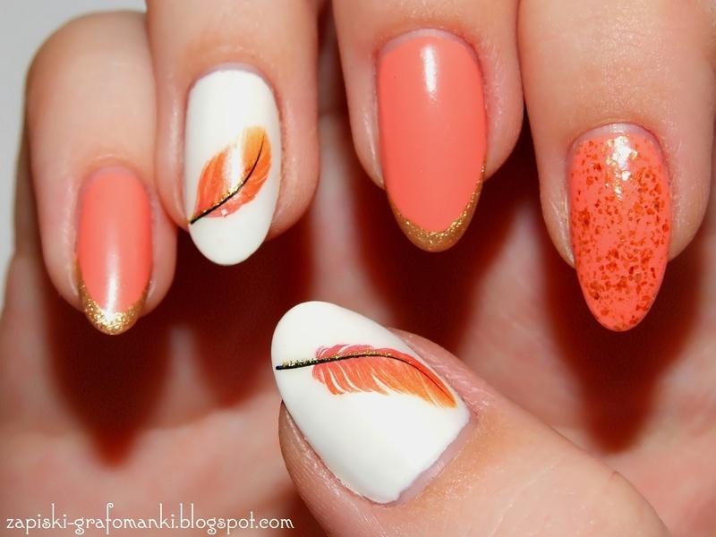 Feather nail art by Paulina Domoradzka