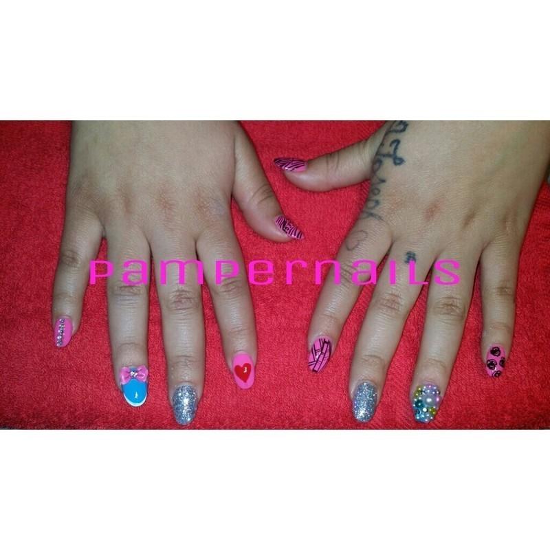 pampernails  nail art by Jessica Aguado