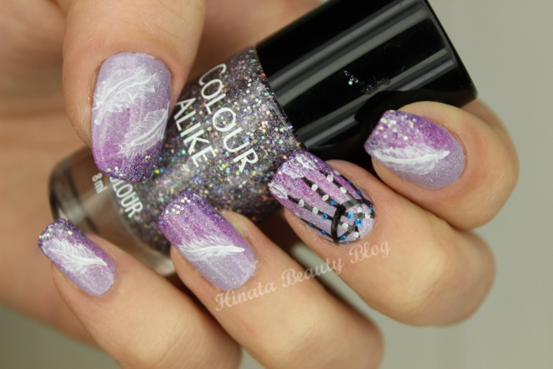 Glitter, feathers and dreamcatcher nail art by Hinata