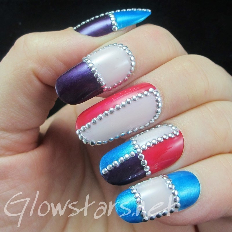 By protecting my heart truly I got lost in the sounds nail art by Vic 'Glowstars' Pires