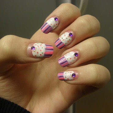 CupCake Nail Art nail art by Enni
