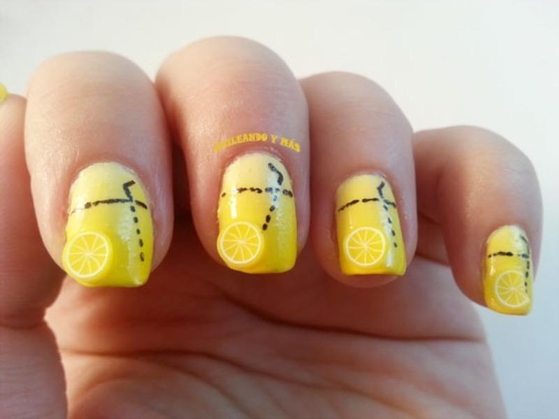 Lemonade nail art by Ana