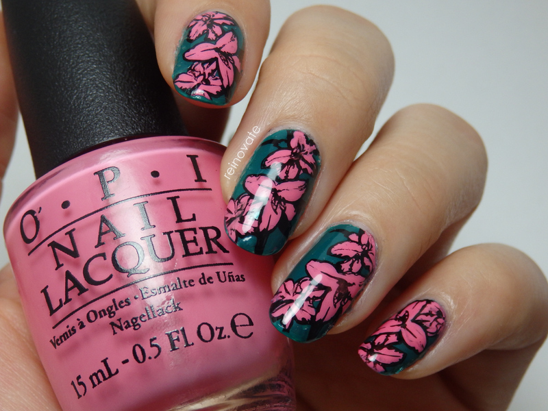 Rain Forest Flowers nail art by Rei
