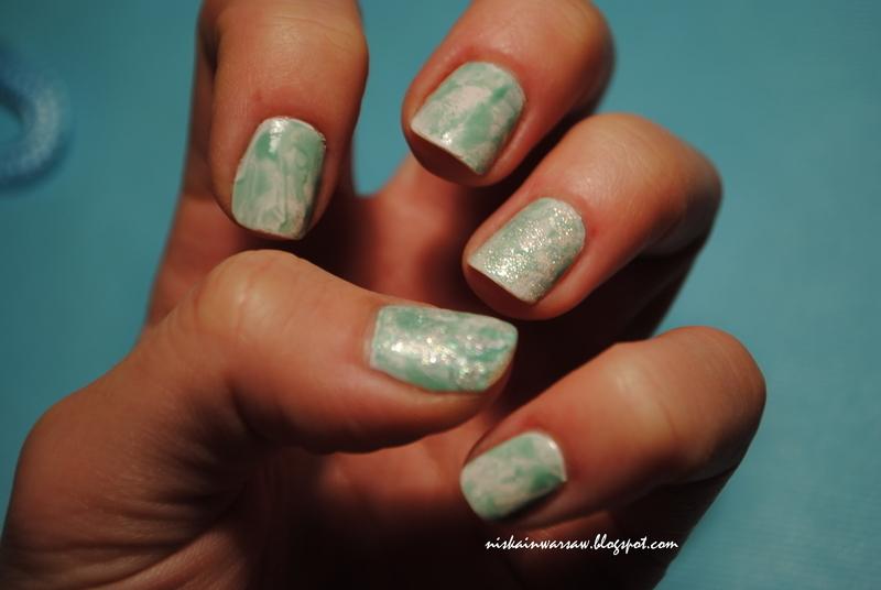 snowy nails nail art by Niska