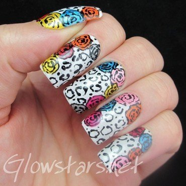 Sunday Spam: Nails Supreme Nail Art Pens* nail art by Vic 'Glowstars' Pires