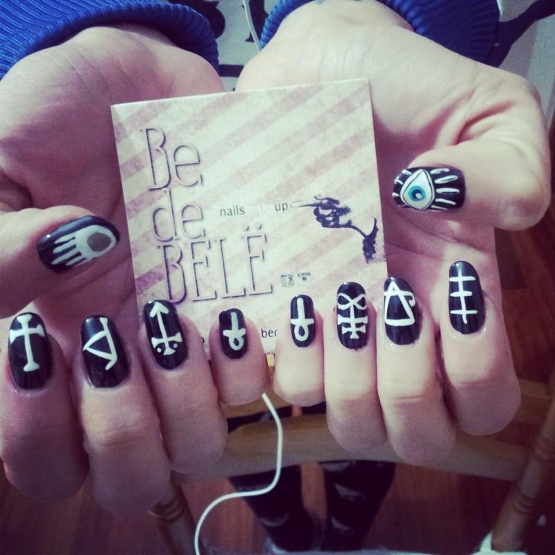 Symbology Nailsmakeup nail art by Be de Bele Crew