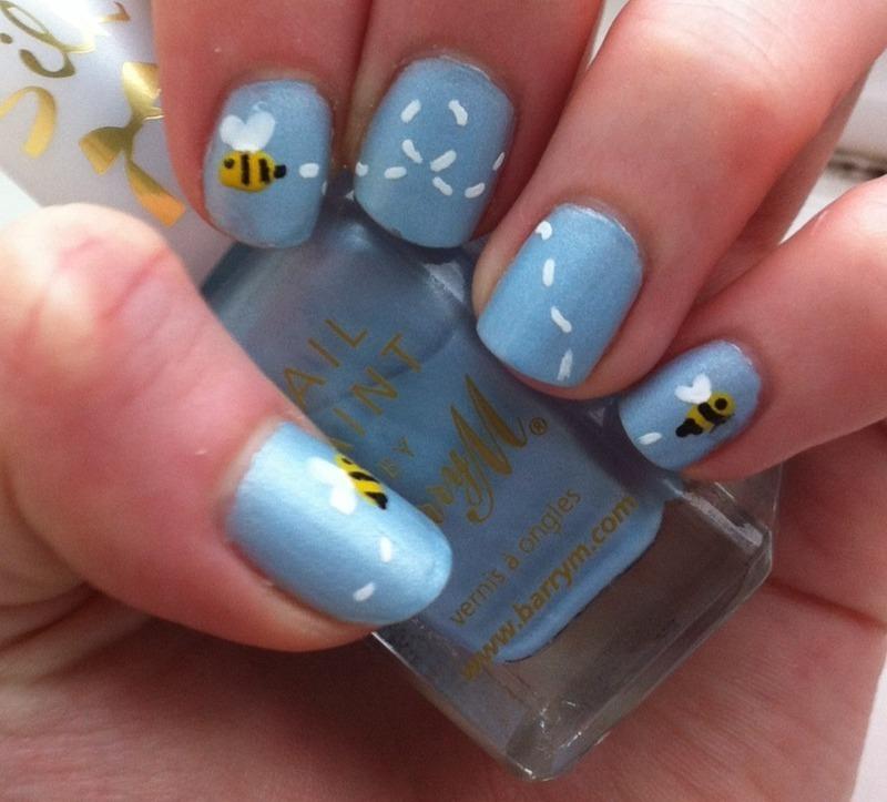 Bumble Bees nail art by Whimsical Nails