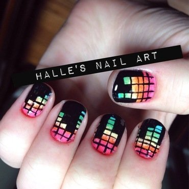 Pump Up the Beat nail art by Halle Butler