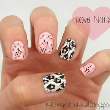 Love Nails nail art by B.