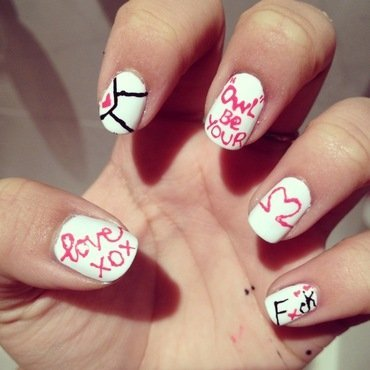 Love hate relationship (part 1) nail art by Zay