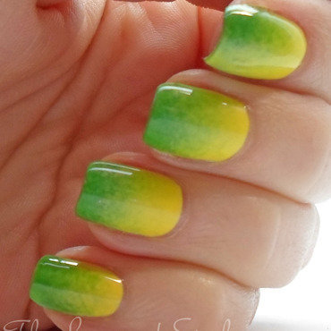 Sinful colors exotic green sponging 7 thumb370f
