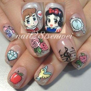 Snow White nail art by Weiwei
