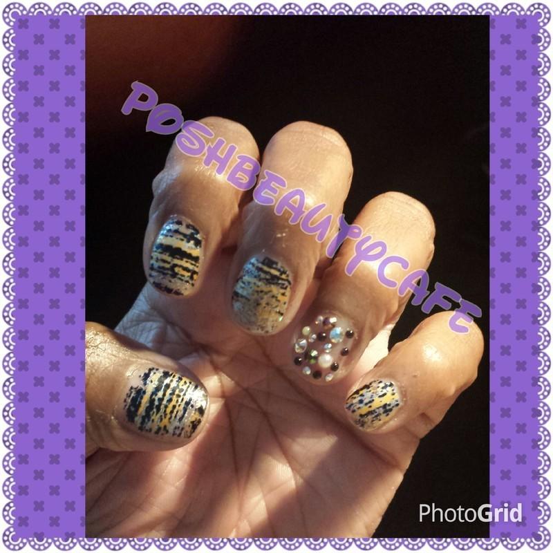 matte foil nail art by Nika ashfaq