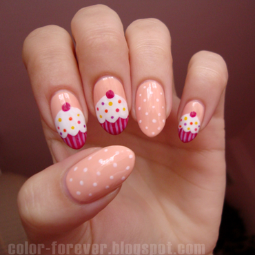 cupcake nails & dots nail art by ania