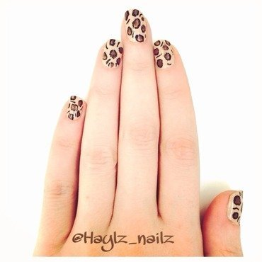 Leopard nail art by Hayley