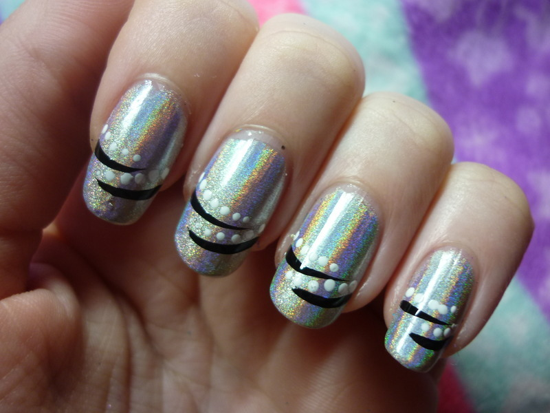 Holographic Dots And Stripes nail art by Mandy