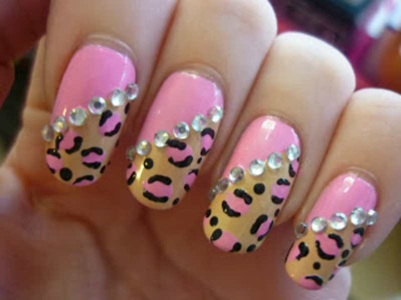 Nailart: Cute leopard  nail art by Mandy