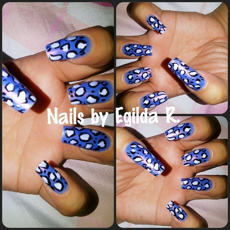Blue Animal print.  nail art by Egilda Rojas