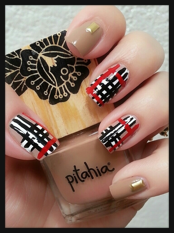 Plaid nail art by Ximena Echenique