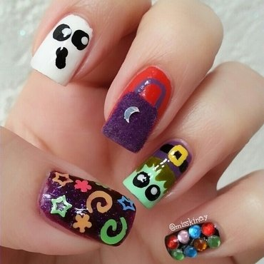 Trick or Treat nail art by Ximena Echenique