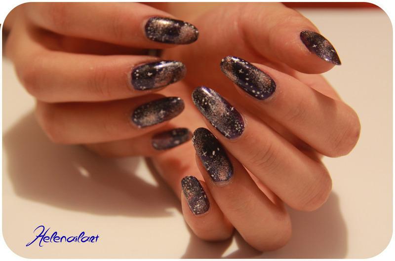 Galaxie nail art by LÊ Hélène