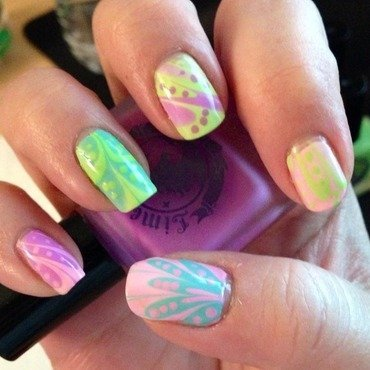 Spring Water Marble nail art by Denise Reis