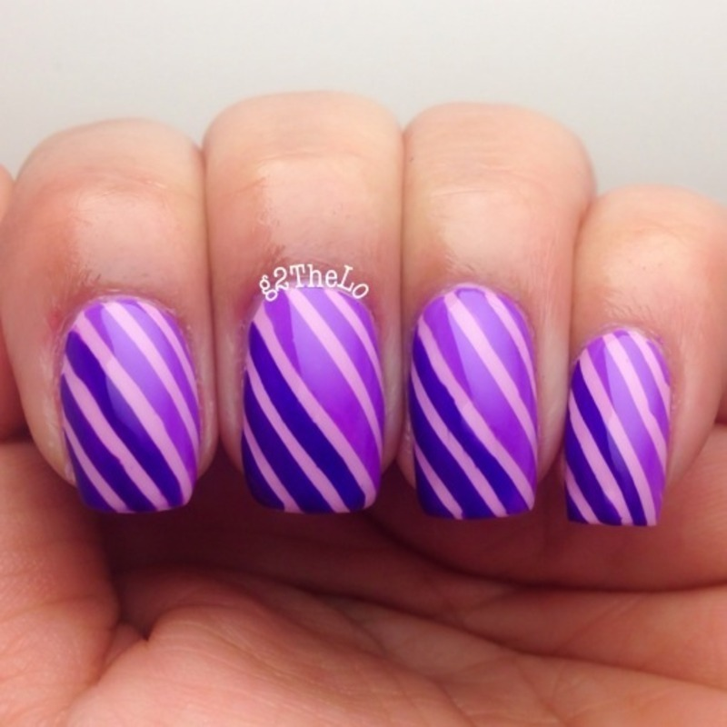 Stripes nail art by Gloria  Loeza