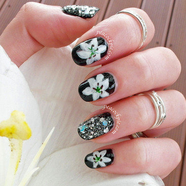 Wedding Anniversary nail art by Serra Clark