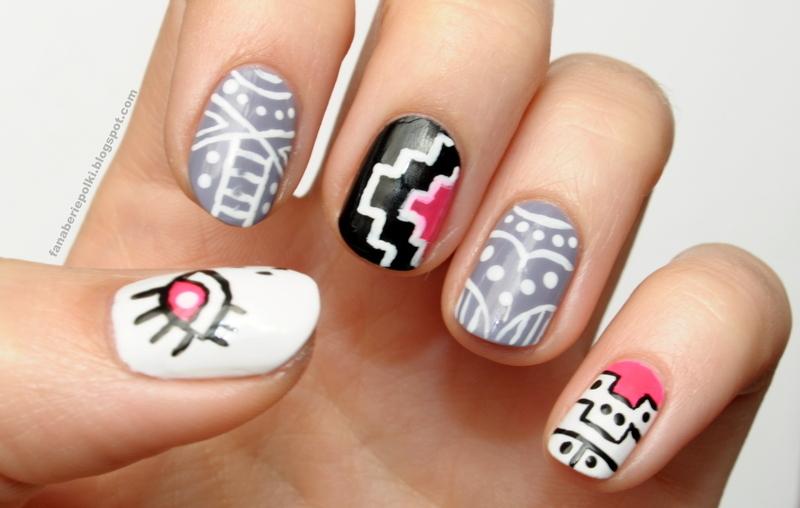 Aztec nails nail art by Carolina